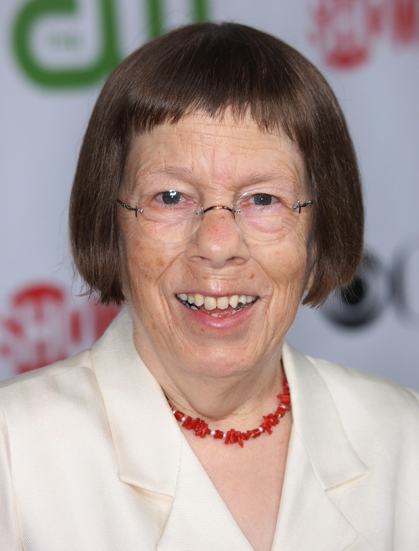 Linda Hunt, CBS, CW, CBS Television Studios & Showtime TCA Party, Kalifornien, 2009 | Quelle: Getty Images/Global Images Ukraine