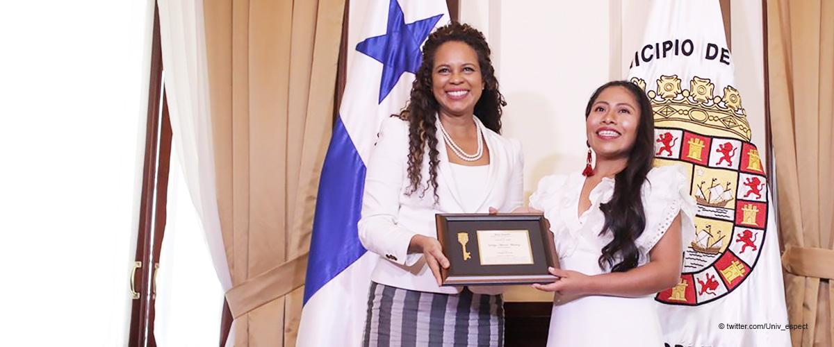 Yalitza Aparicio honrada por recibir las llaves de la ciudad de Panamá