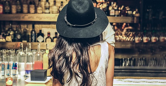 Daily Joke: Attractive 19-Year-Old Lady Approaches an Old Man in a Bar