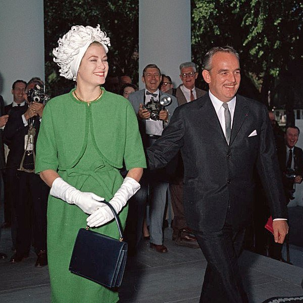 The Prince and Princess of Monaco arrive at the White House for a luncheon, 1961. | Source: Wikimedia Commons