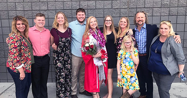 'Sister Wives' Kody Brown Reunites with Wife Christine at Daughter's Graduation (Photo)