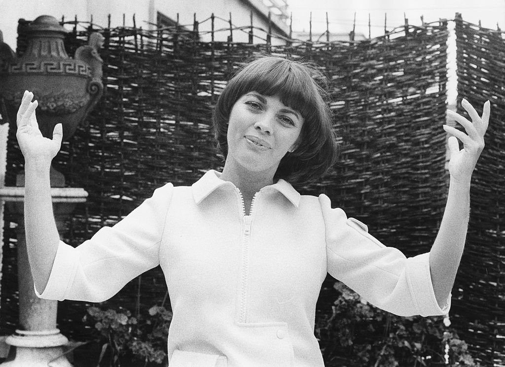 Mireille Mathieu en 1974. l Source : Getty Images