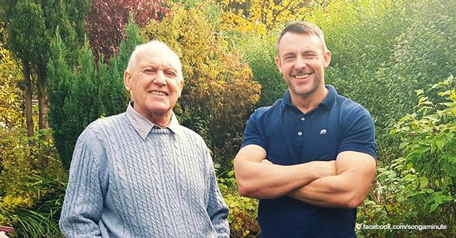 Un homme débrouillard a trouvé un moyen d'aider son père âgé, atteint de la maladie d'Alzheimer, à poursuivre son travail