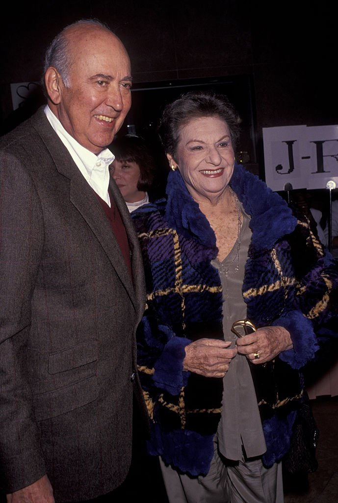 Reiner and wife Estelle Reiner attend Sterling Awards Gala on November 2, 1991 | Photo: Getty Images