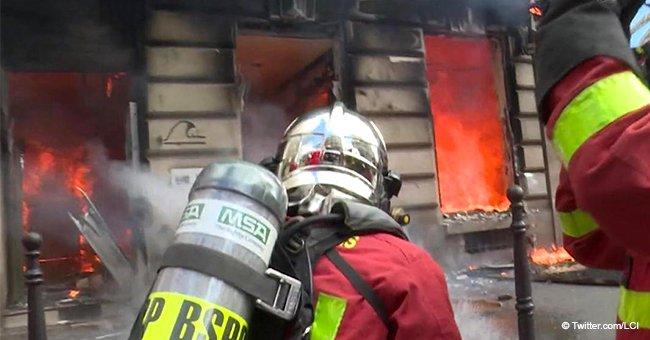 Un immeuble enflammé aux champs Elysées : une femme et un bébé sauvés de justesse par les pompiers de Paris