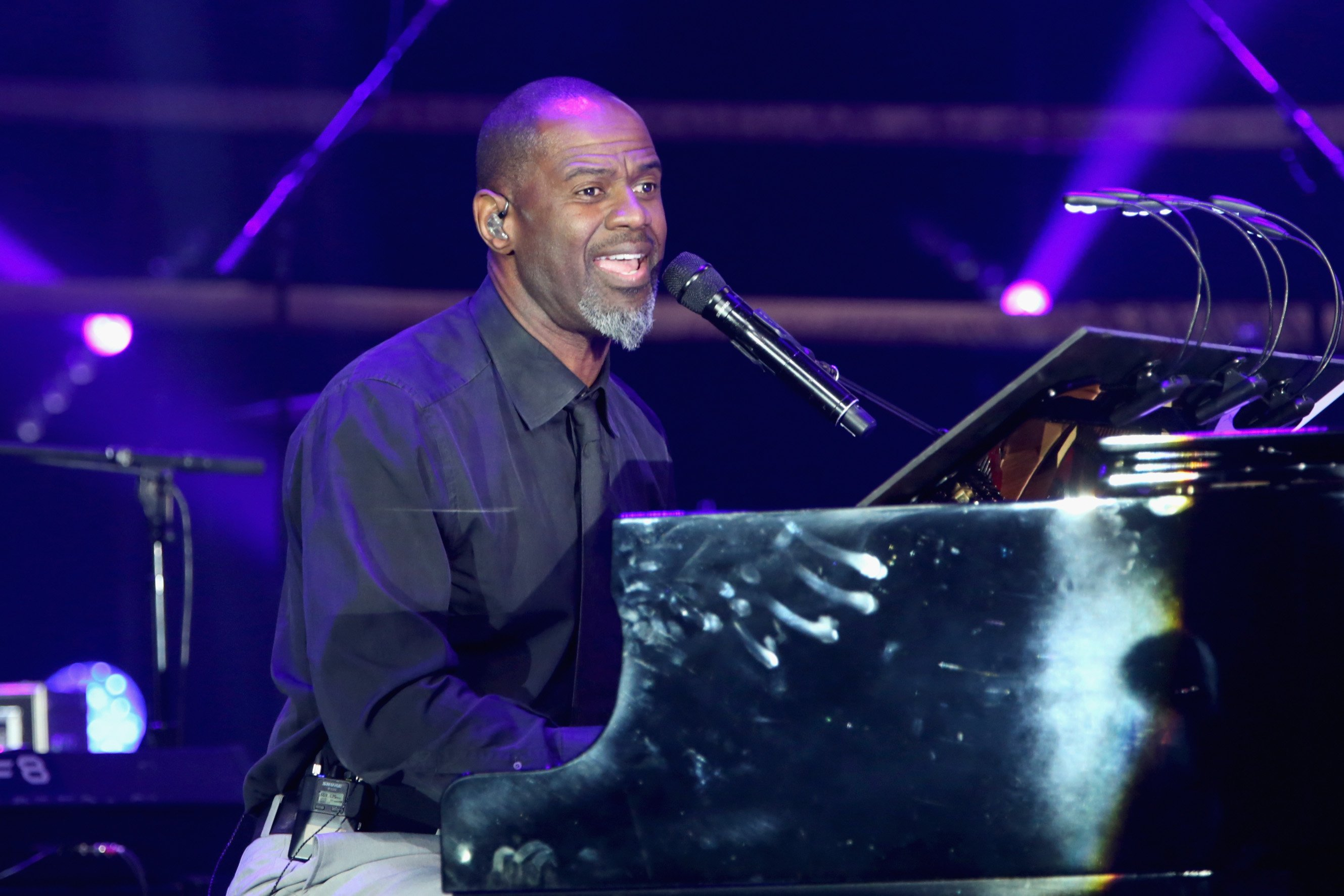 Brian McKnight performs onstage in Phoenix, Arizona on Mar. 18, 2017 | Photo: Getty Images