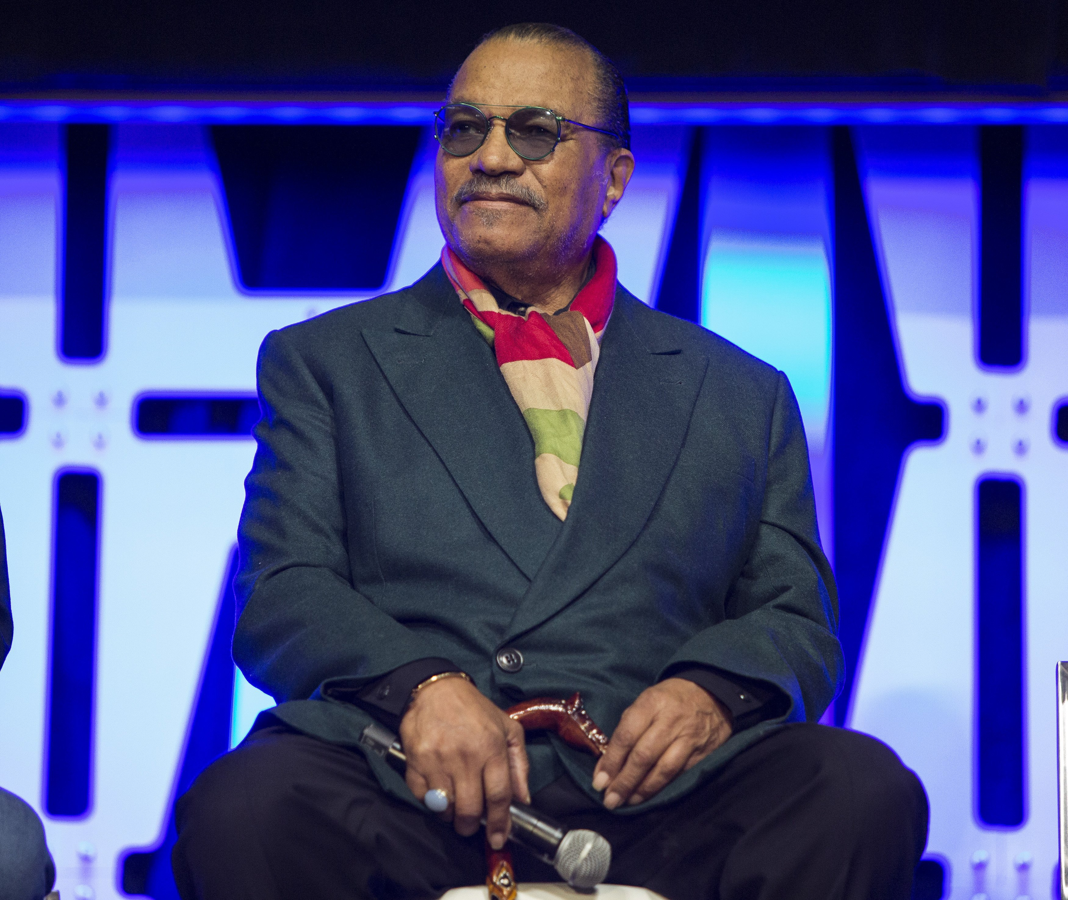 Billy Dee Williams speaking onstage at the Star Wars Celebration on April 12, 2019. | Photo: Getty Images