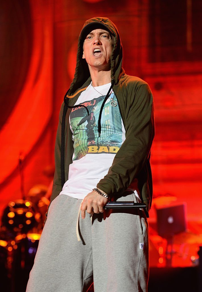 Eminem performs at Samsung Galaxy stage during 2014 Lollapalooza Day One at Grant Park | Photo: Getty Images