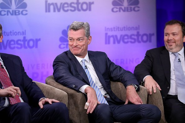 Tony Ressler, Co-Founder, Chairman and Chief Executive Officer, Ares Management, L.P., and Boaz Weinstein, Founder and Chief Investment Officer, Saba Capital Management, LP, during the Unyielding Opportunity panel at the 6th annual CNBC Institutional Investor Delivering Alpha Conference on Tuesday, September 13, 2016 at the Pierre Hotel in New York |Photo:Getty Images