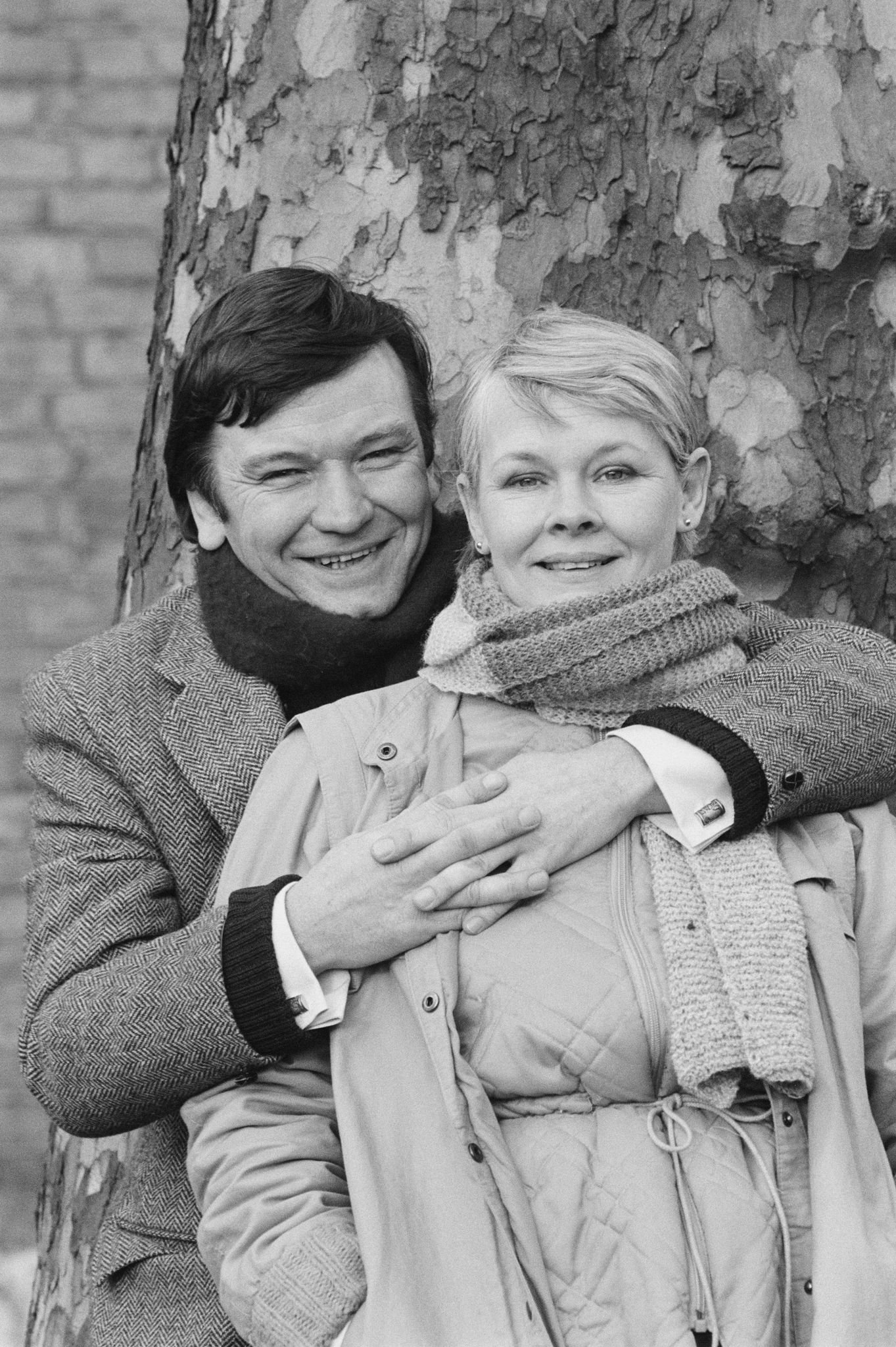 """Judi Dench and Michael Williams in the television sitcom """"A Fine Romance"""" in 1983 in London, England 