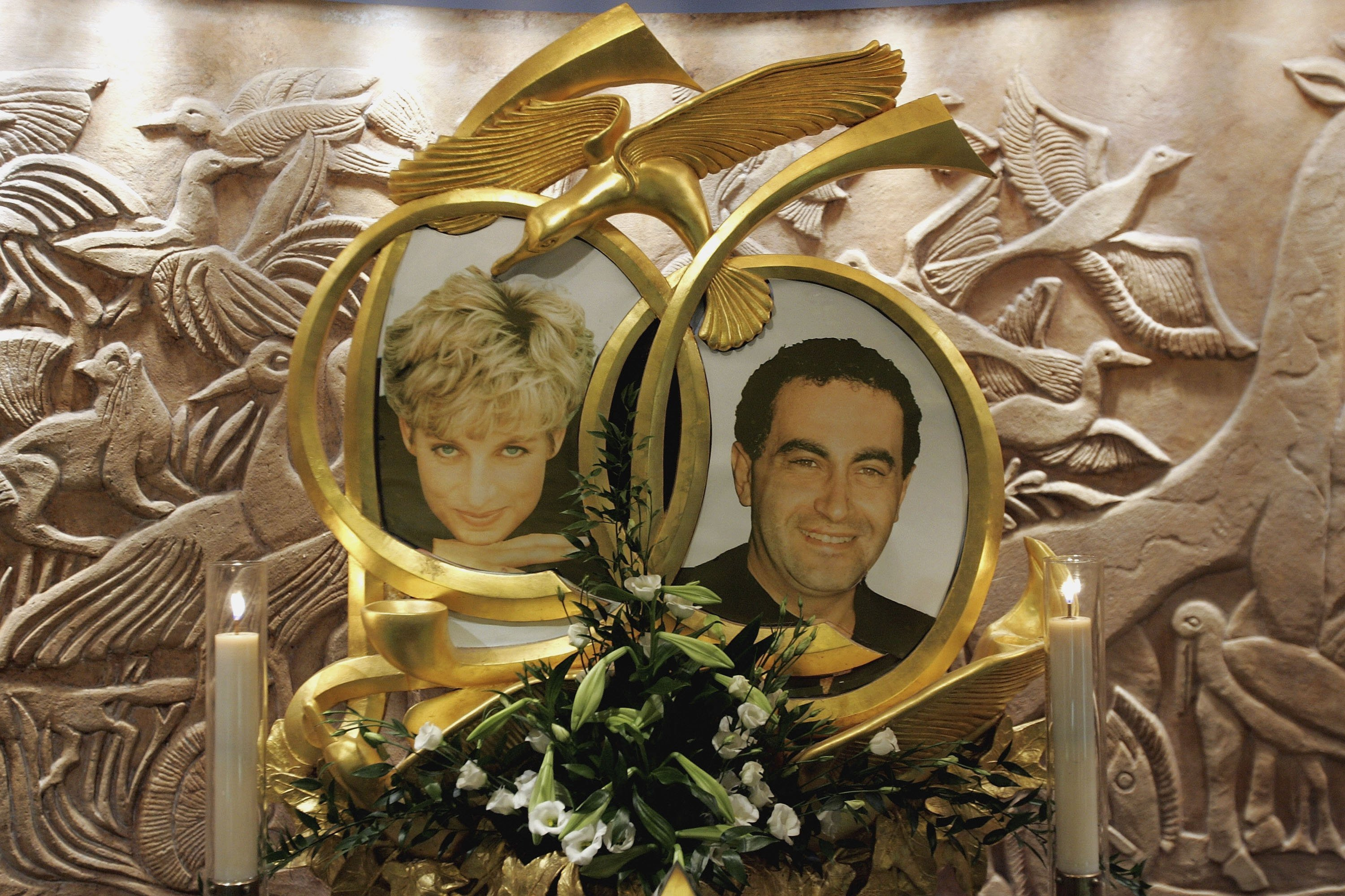 Diana, Princess of Wales and Dodi Fayed memorial in Harrods on January 8, 2006 in London, England | Photo: GettyImages