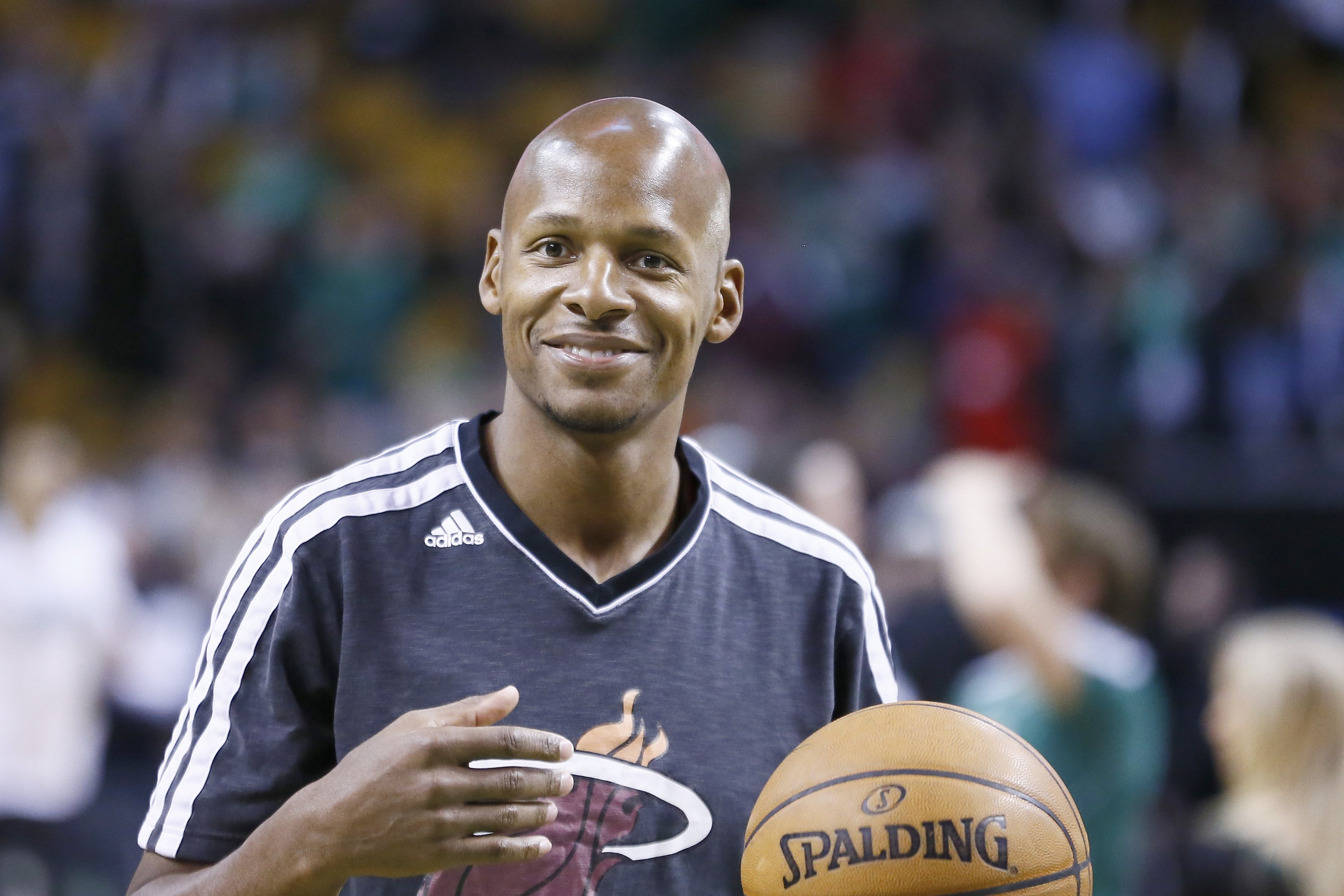 Ray Allen warming up before a Miami Heat game against the Boston Celtics at TD Garden on March 18, 2013 in Boston, Massachusetts. |Source: Getty Images