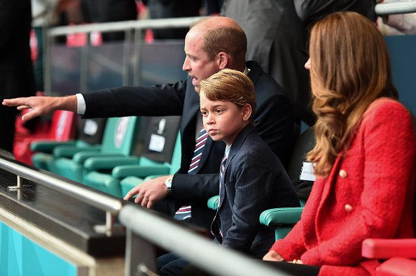 Prince William, Kate Middleton, and Prince George during the UEFA Euro 2020 Championship Round at Wembley Stadium on June 29, 2021 in London, England. | Photo: Getty Images