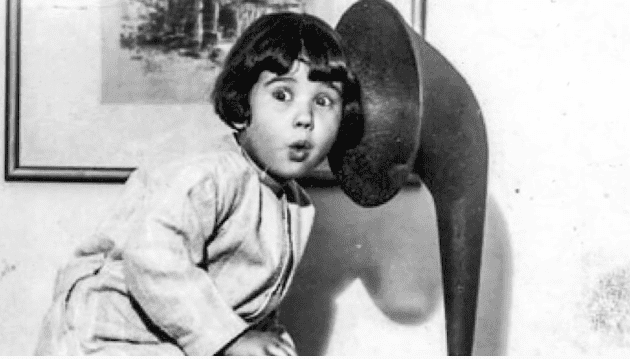 Baby Peggy shooting a scene in the early 1920   Photo: YouTube/Most Actor & Actress Hollywood