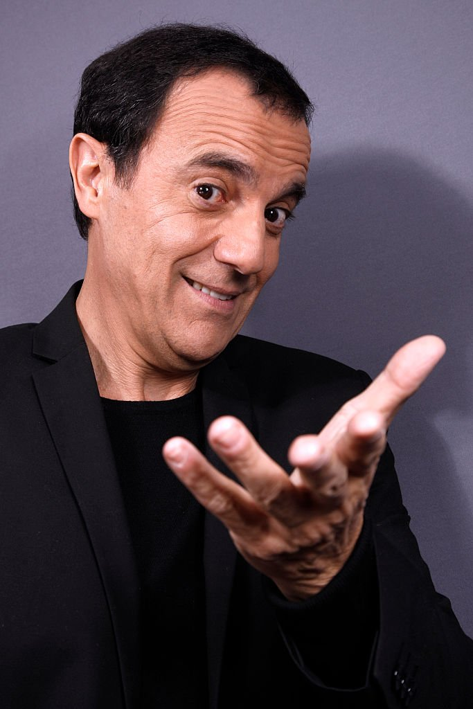 L'animateur Thierry Beccaro. | Photo : Getty Images