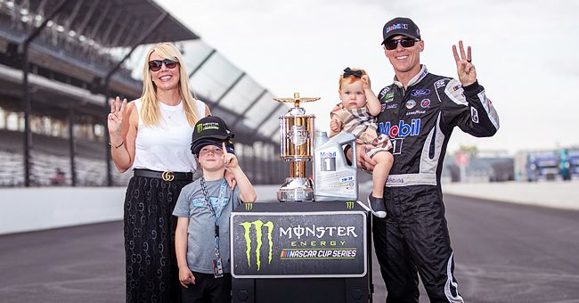 NASCAR Star Kevin Harvick's Beautiful Wife DeLana & Their Two Kids: 5 Family Facts