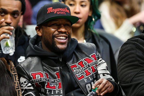 Floyd Mayweather at a game between the Atlanta Hawks and the Milwaukee Bucks on December 27, 2019. | Photo:Getty Images