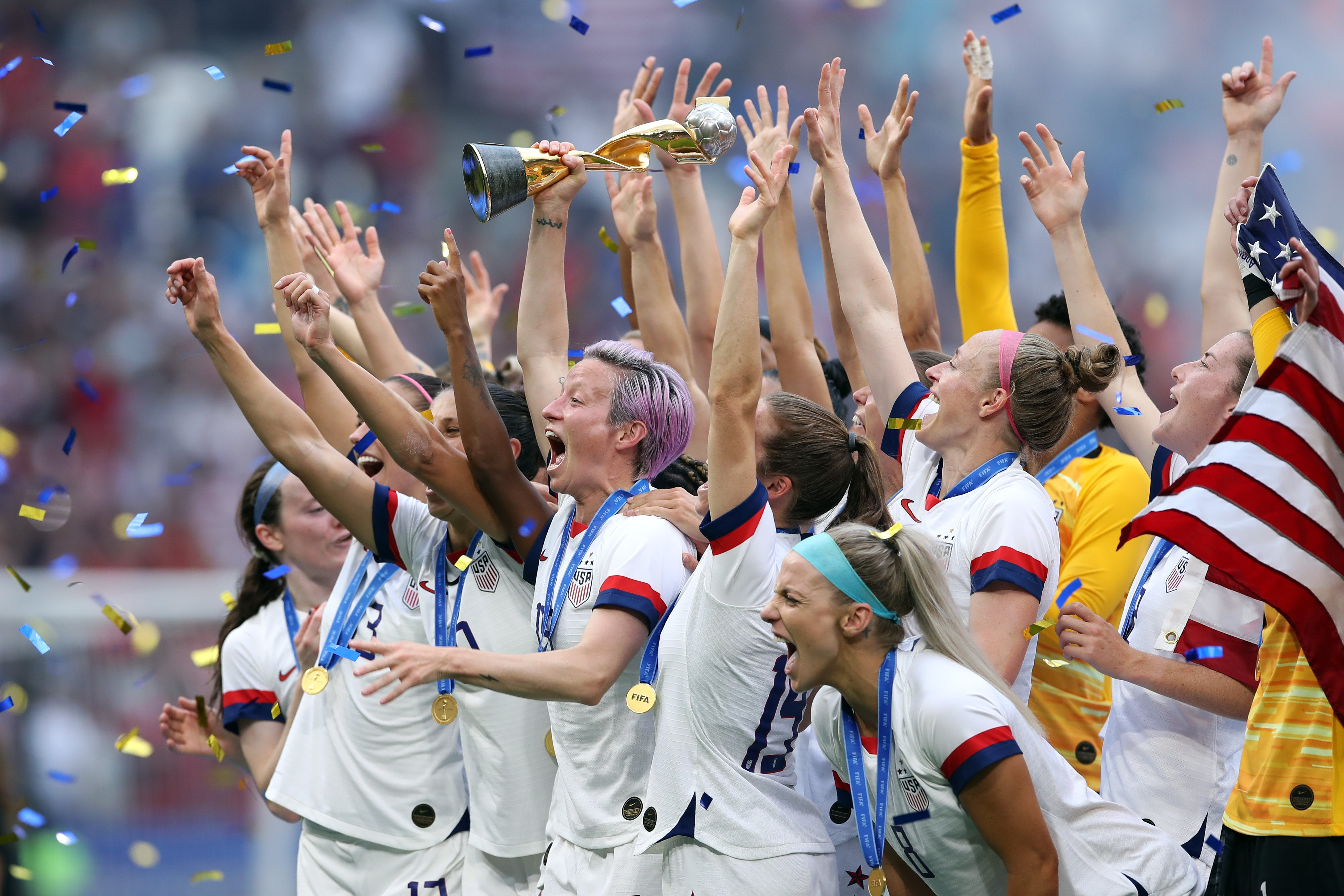 The US Women's Soccer Team celebrate after a match at the 2019 FIFA Women's World Cup | Photo: Getty Images