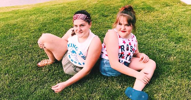 Des jumelles siamoises séparées au bout d'une chirurgie à risque il y a 13 ans, sont des adolescentes maintenant