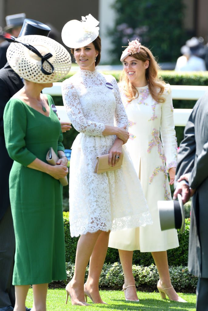 Kate Middleton und Prinzessin Beatrice, Royal Ascot 2017 | Quelle: Getty Images