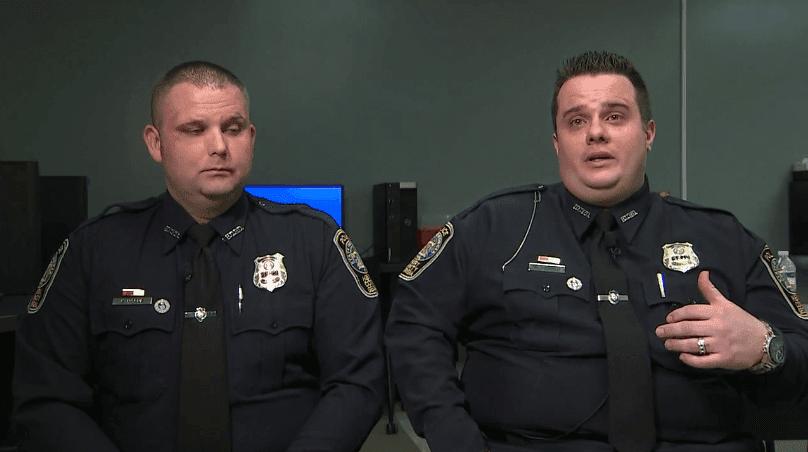 Oficiales Kelly Horne y William Palmer contando los hechos | Imagen tomada de: ABC