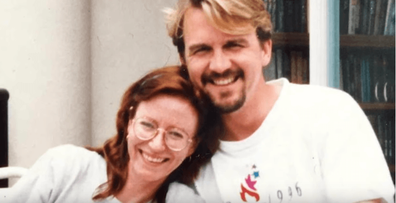 Young Eve Plumb and her husband, Ken Pace | Photo: YouTube/HGTV