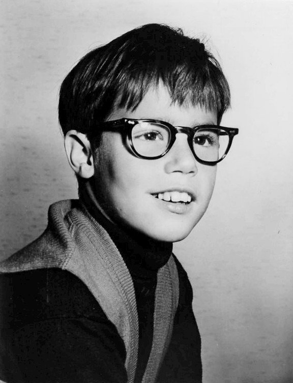 Publicity photo of Barry Livingston as Ernie from 'My Three Sons' circa 1963 | Source: Wikimedia Commons