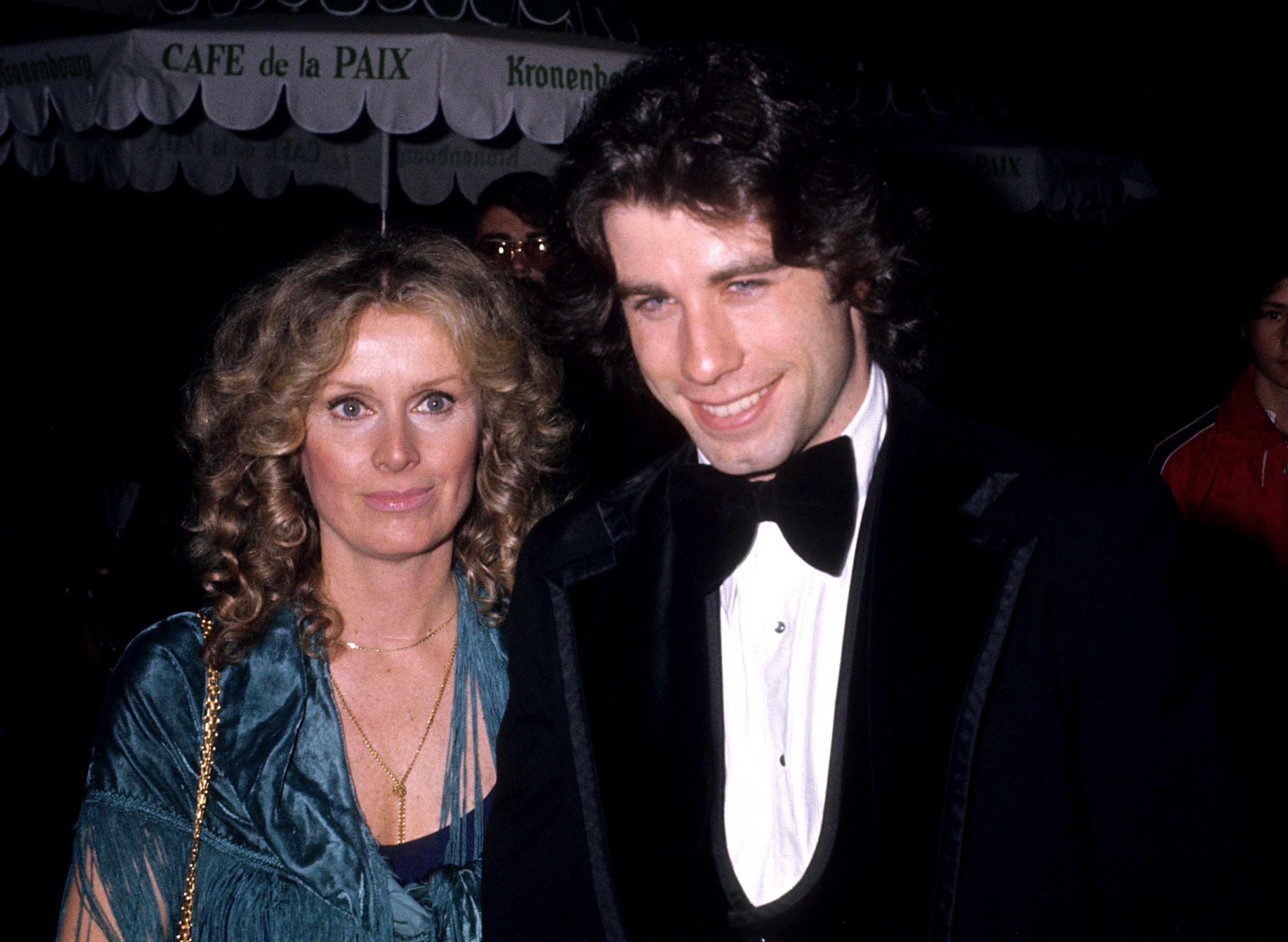 John Travolta and Diana Hyland in Los Angeles on December 8th 1976 | Source: Getty Images