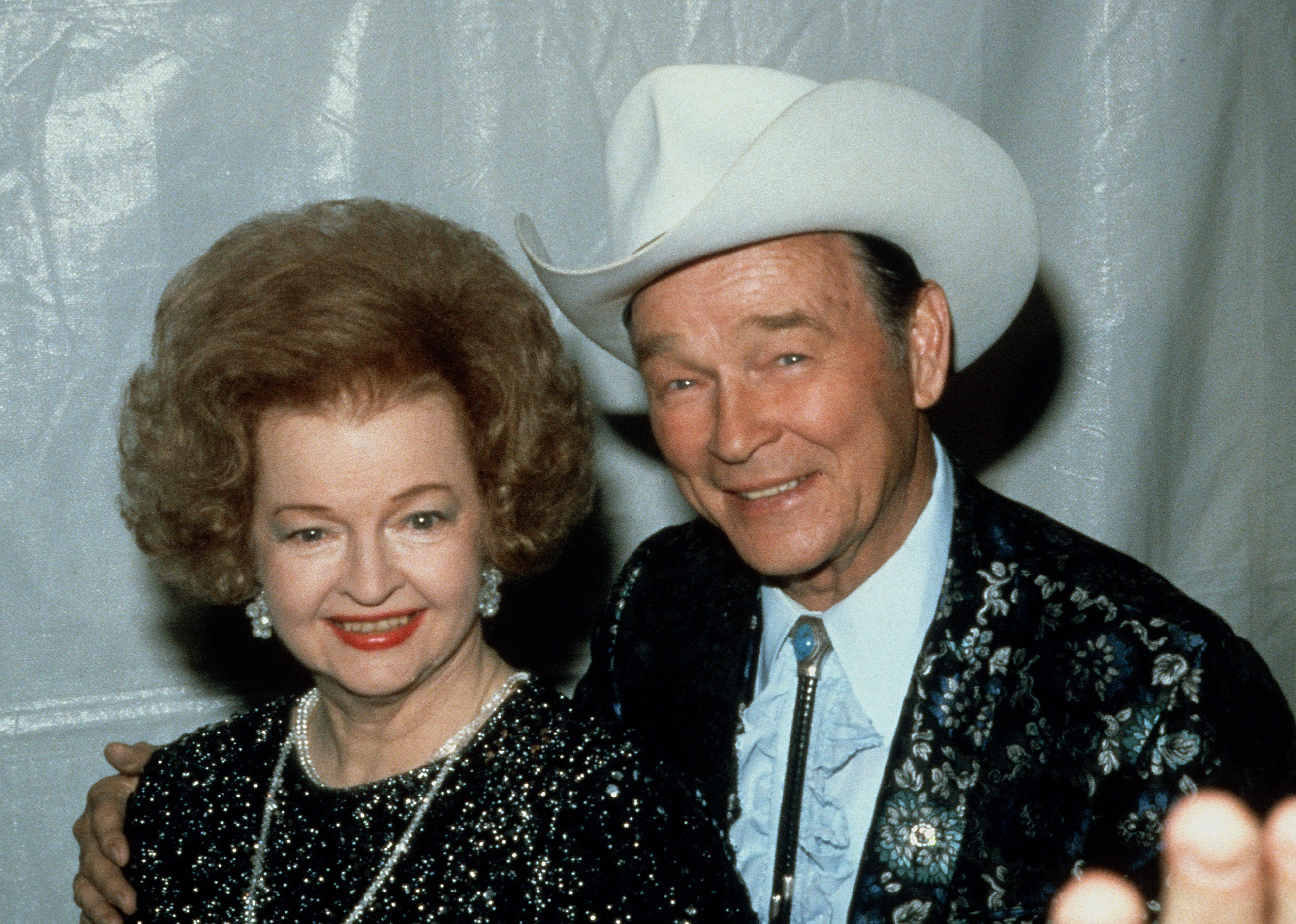 Roy Rogers (1911 - 1998) and his wife Dale Evans (1912 - 2001) pose circa 1986 in Dallas, USA. | Source: Getty Images.