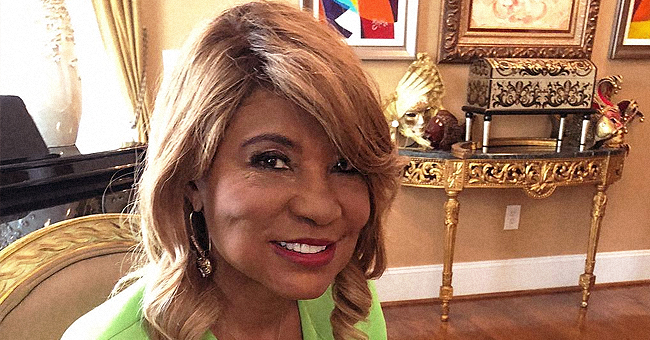Toni Braxton's Mom Evelyn Flaunts Slimmer Figure in Black & White Outfit (Photo)