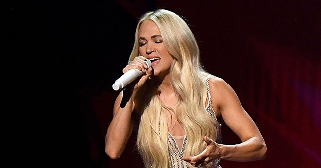Carrie Underwood Displays Her Killer Legs in This Gorgeous Selfie Wearing Tiny White Shorts