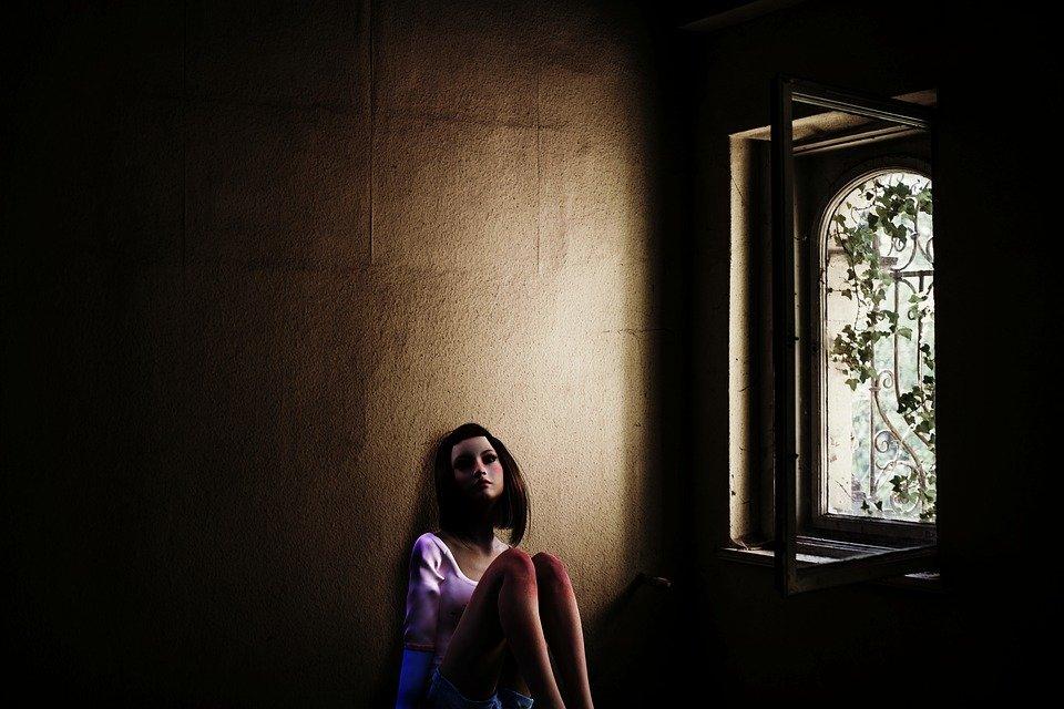 Mujer en prisión / Imagen tomada de: Pixabay
