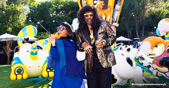 Steve Harvey & wife look chic in photo with their parents, kids & grandkids in Halloween costumes