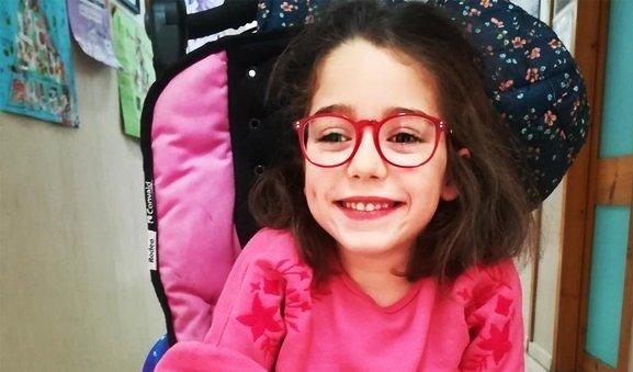 Los padres de la niña especial solo quieren que ella reciba la debida atención-Imagen tomada de change.org