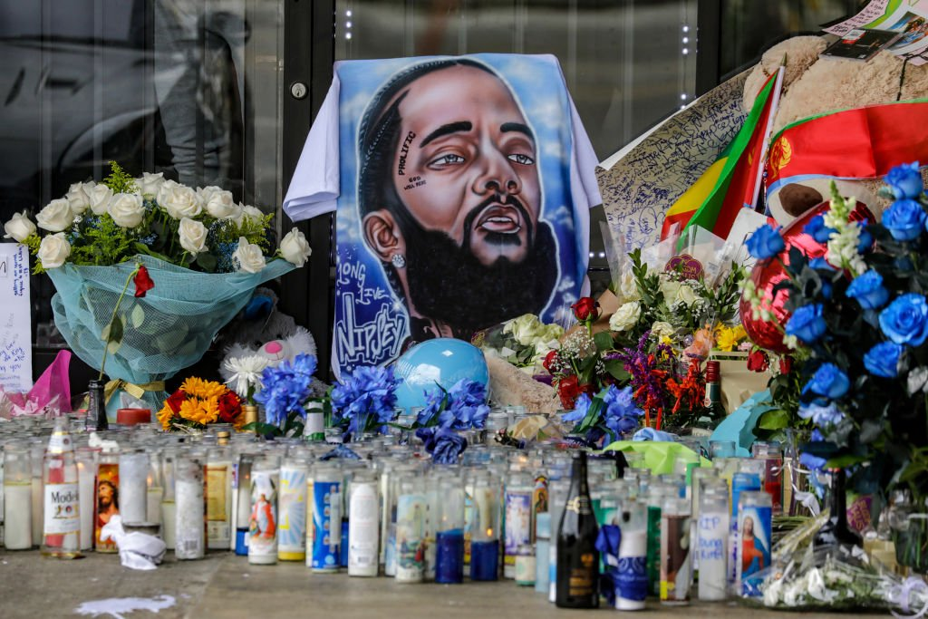 A makeshift memorial for Nipsey Hussle at his The Marathon Clothing store where he was shot on Slauson Avenue | Photo: Getty Images