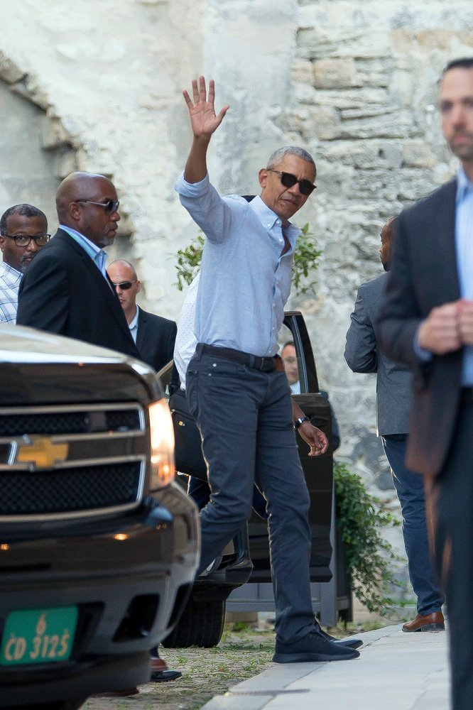 Barack Obama arrives at the Palais des Papes on June 16, 2019   Photo: Hollywood Life