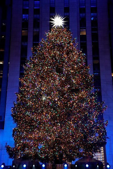 Rockefeller Center Christmas Tree at the 2018 Christmas in Rockefeller Center | Photo: Getty Images
