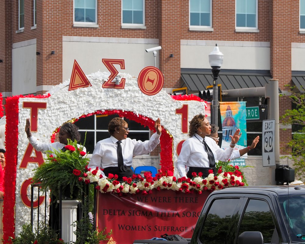 Florida Agricultural and Mechanical University Delta Sigma Theta Sorority float in the Springtime Tallahassee Parade on March 30, 2019 | Photo: Shutterstock