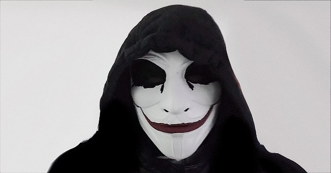Pictured - The vigilante behind the mask known as Leo from the online movement The Great Londini | Source: TikTok@thegreatlondini.com