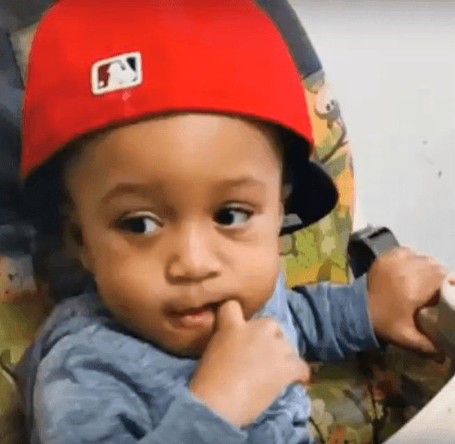 axon Davis, the 1 year old severely assaulted by his babysitter | Photo: YouTube/ News Live Now