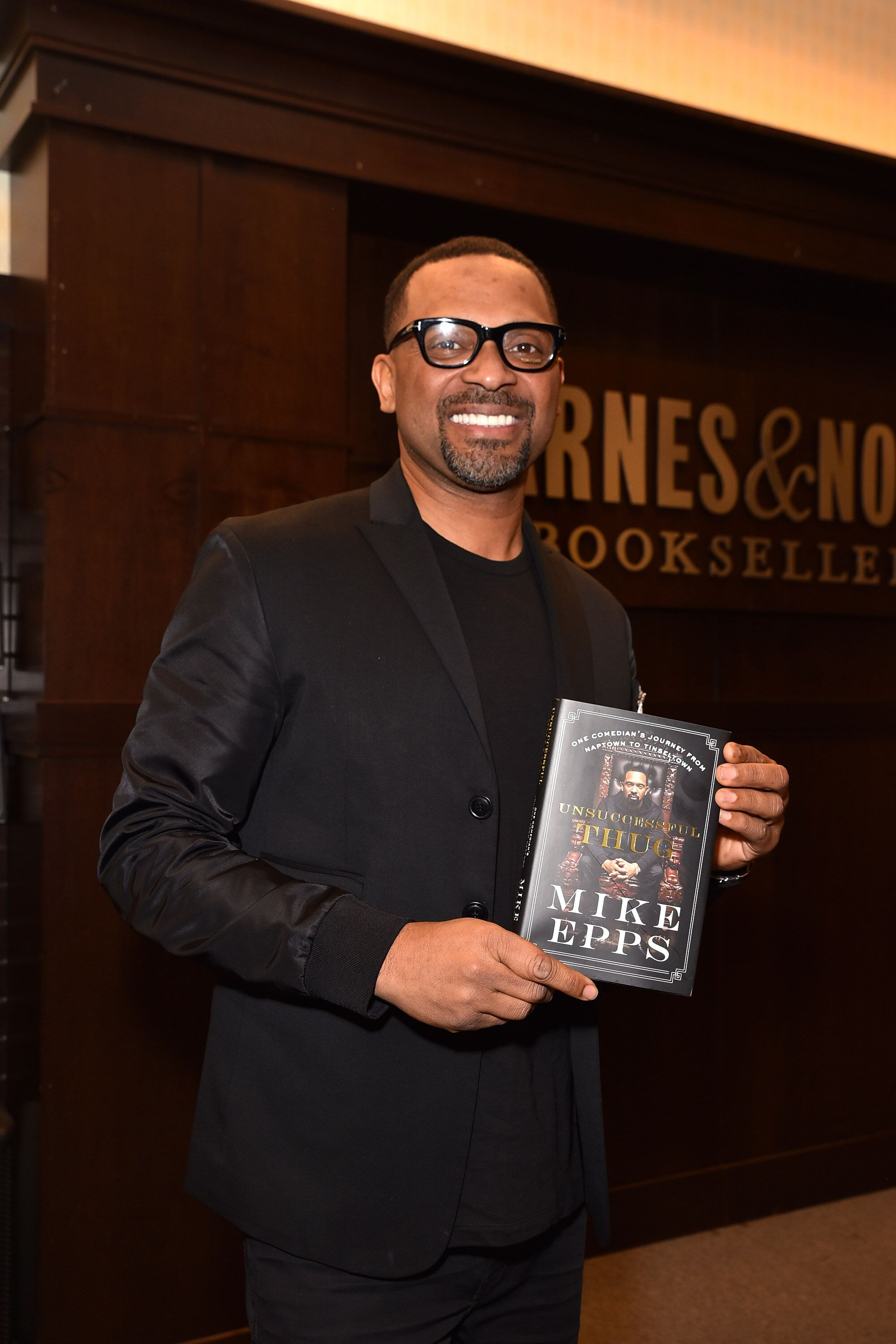 Mike Epps during his book launch at Barnes and Noble | Source: Getty Images/GlobalImagesUkraine