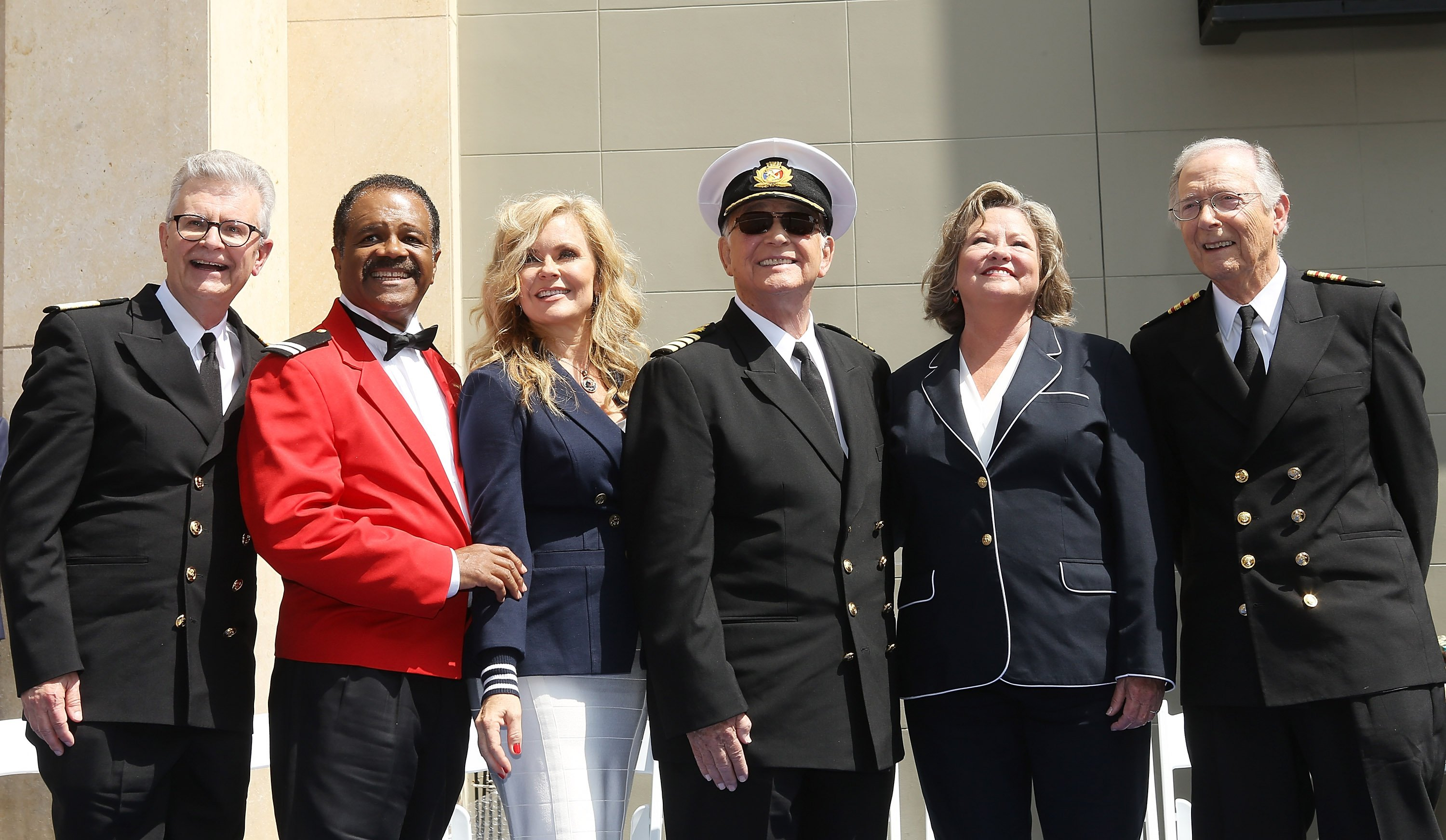 "Die Urdarsteller von ""Love Boat"": Gavin MacLeod, Jill Whelan, Ted Lange, Bernie Kopell, Lauren Tewes and Fred Grandy, 2018 