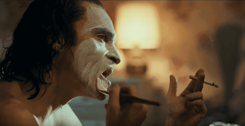 "La transformation d'Arthur Fleck de Joaquin Poenix dans ""Joker"" 