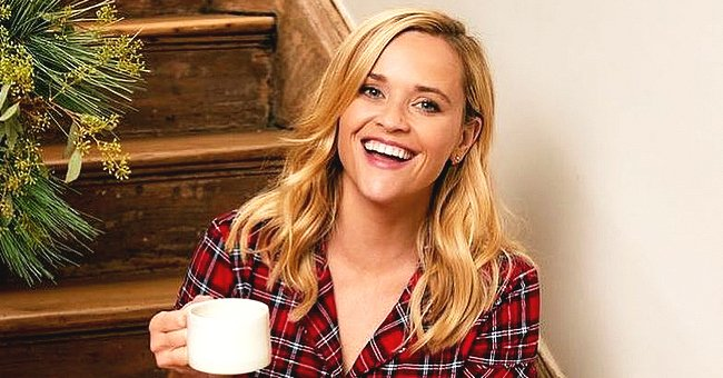 Reese Witherspoon Gets in the Holiday Spirit as She Poses with Her Dog Minnie Pearl