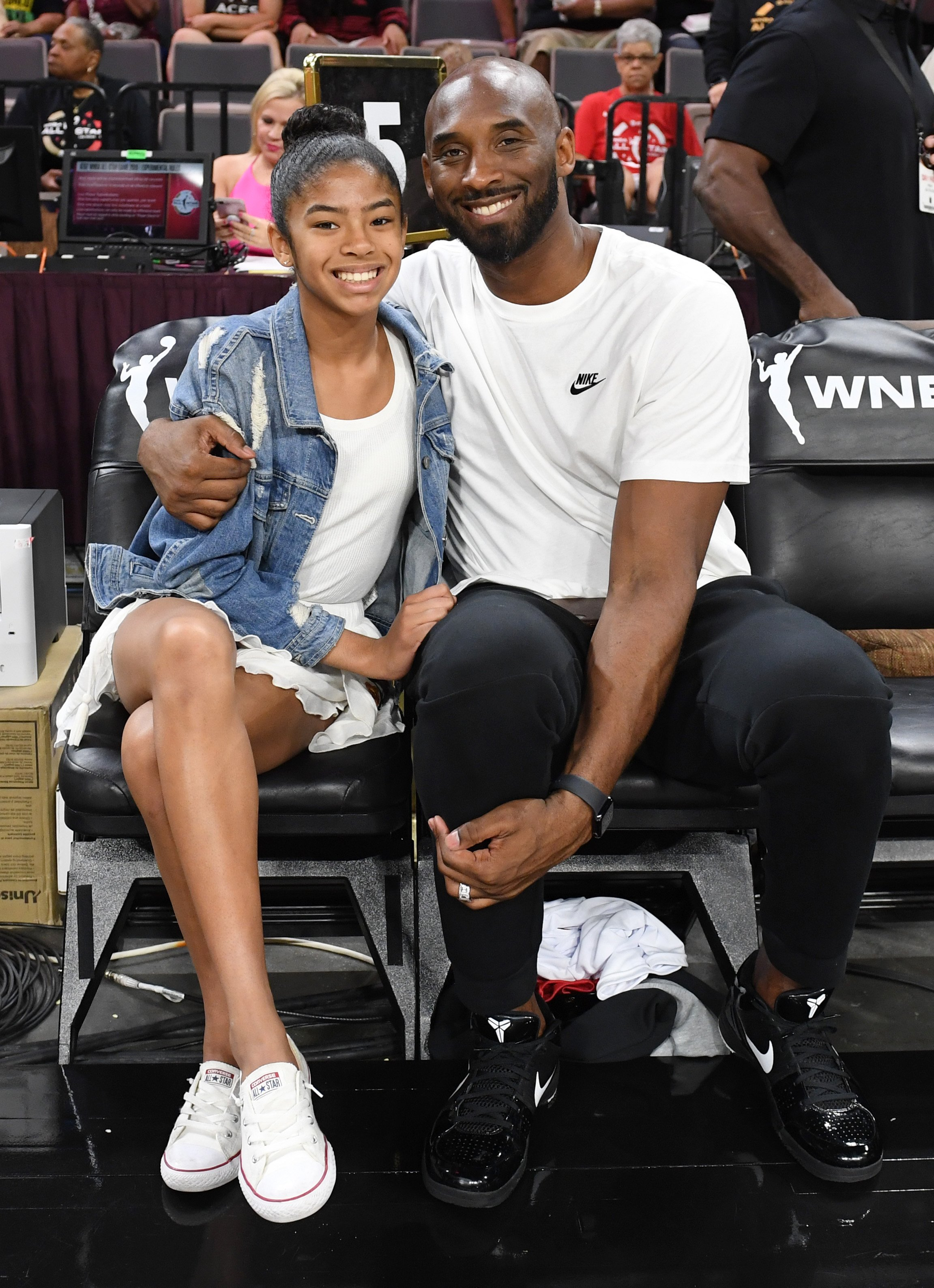 Gianna Bryant and her father, former NBA player Kobe Bryant, attend the WNBA All-Star Game 2019 at the Mandalay Bay Events Center on July 27, 2019|Photo: Getty Images