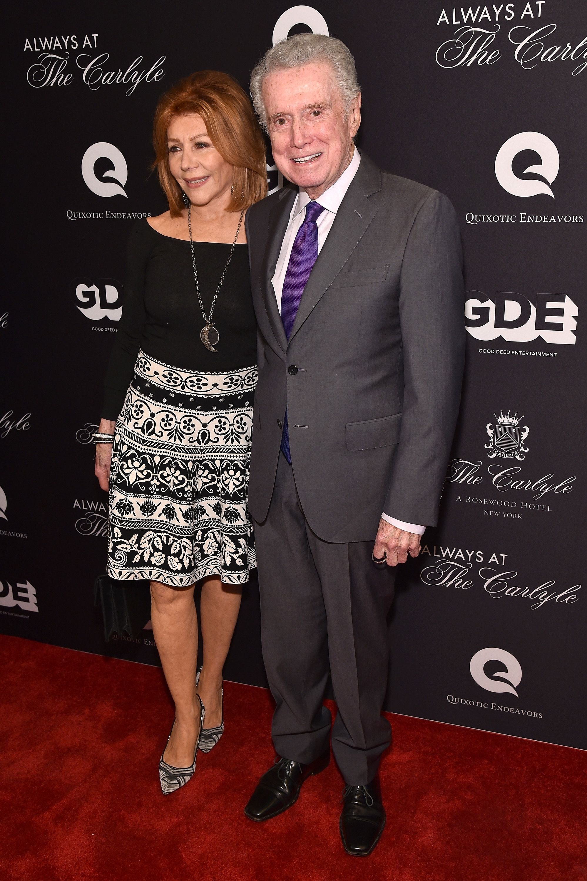 Regis Philbin mit seiner Frau Joy Philbin bei der Always At The Carlyle Premierein New York City | Quelle: Bryan Bedder/Getty Images for Always at the Carlyle