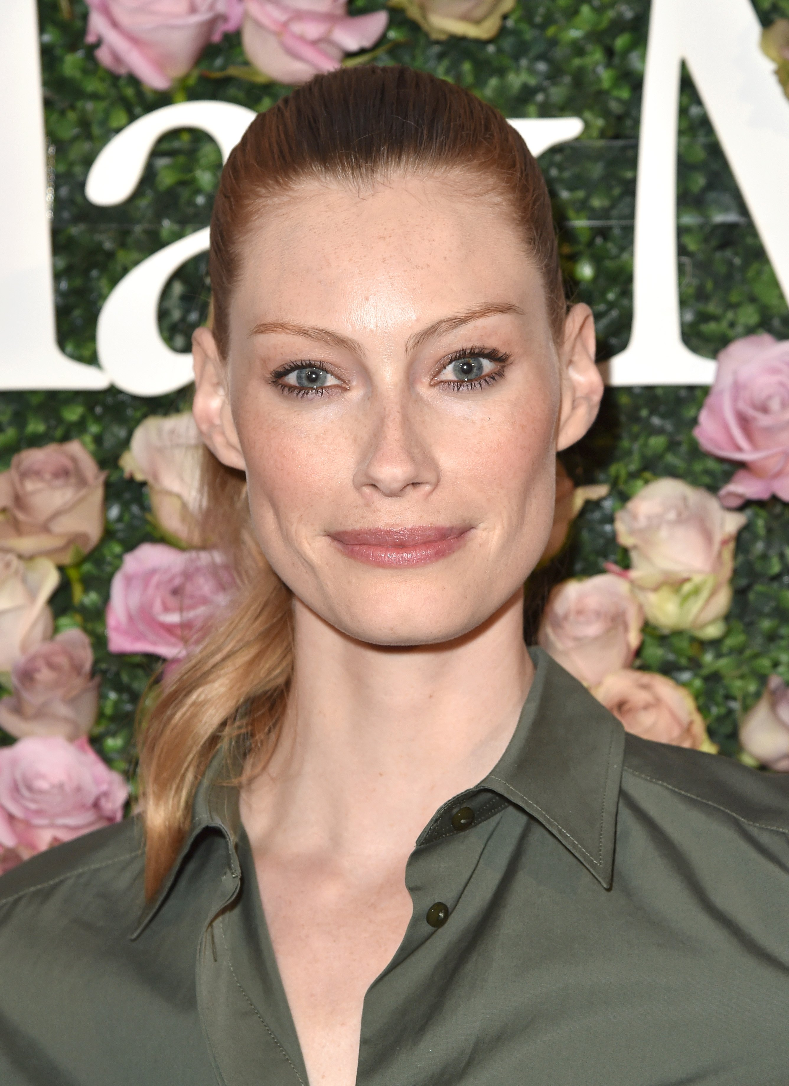 Alyssa Sutherland, wearing Max Mara, at Max Mara Celebrates Zoey Deutch - The 2017 Women In Film Max Mara Face of the Future at Chateau Marmont on June 12, 2017 | Photo: GettyImages