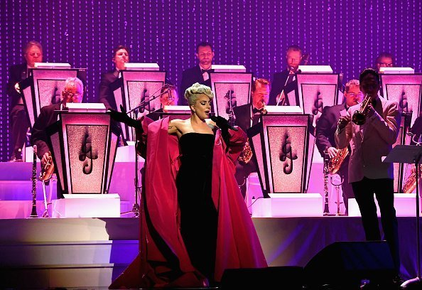 Lady Gaga performs during her 'JAZZ & PIANO' residency at Park Theater at Park MGM on January 20, 2019 in Las Vegas, Nevada.| Photo: Getty Images.