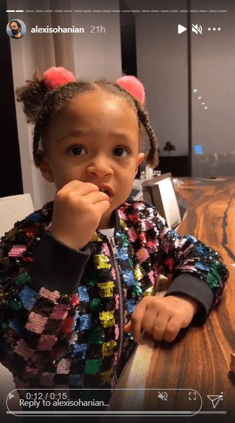 Serena Williams' daughter, Olympia Ohanian, pictured while eating | Photo: Instagram/alexisohanian
