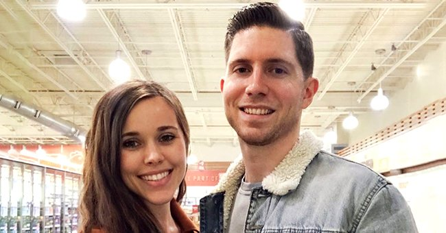 Heavily Pregnant Jessa Duggar Spotted with a Huge Baby Bump While Wearing Sweat Pants in a Rare Pic
